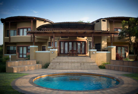 01-Luxury-Villa-4